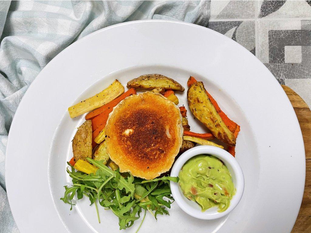 GRILOVANÝ KOZÍ SÝR s pečenými bramborovými a zeleninovými hranolky #vege #bezlepek